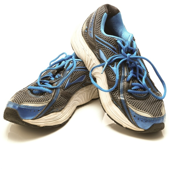 Brooks Other - Brooks Dyad 7 Running Athletic Training Shoes